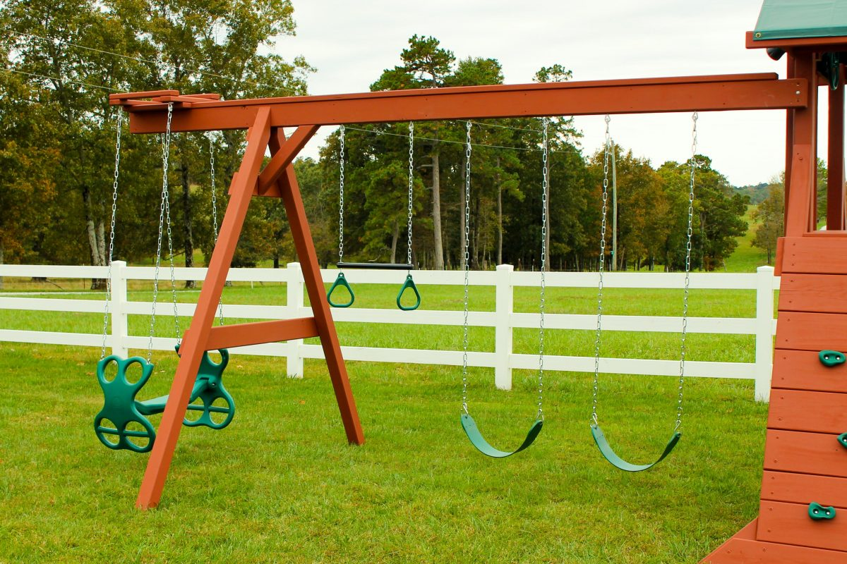 custom playset 4 position swing beam