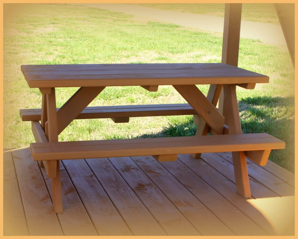 custom playsets patio and picnic Table
